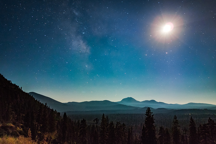 night sky over lassen viewed from hat creek rim