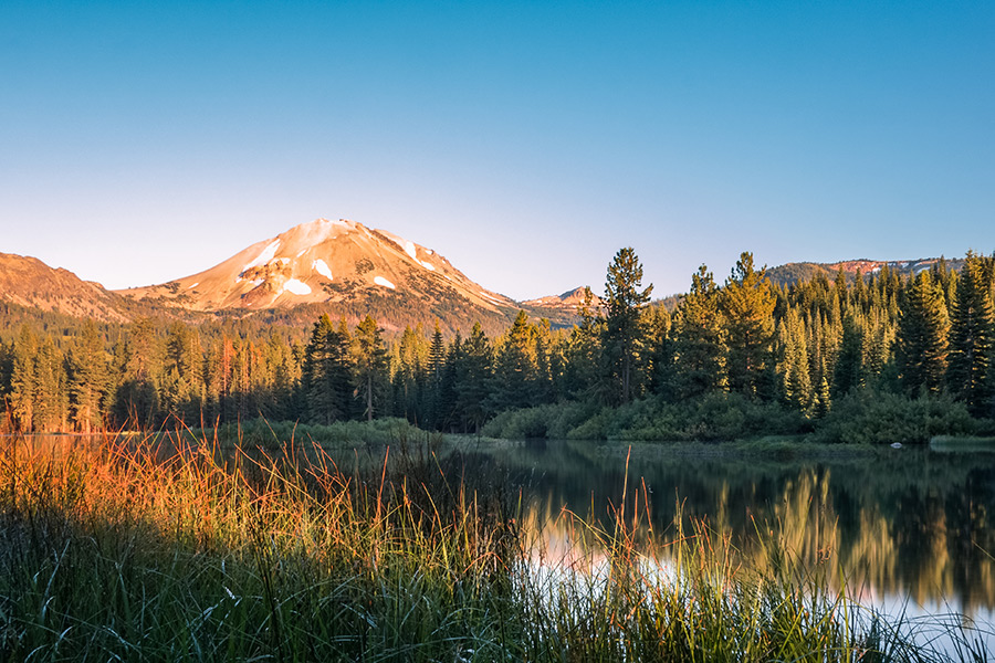 lassen peak manzanita lake sunset
